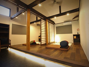 thairoom(1) -1000x750.jpg