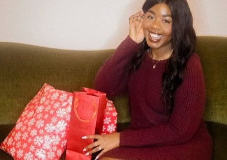 8 Holiday Gift Ideas To Give The Woman In Your Life
