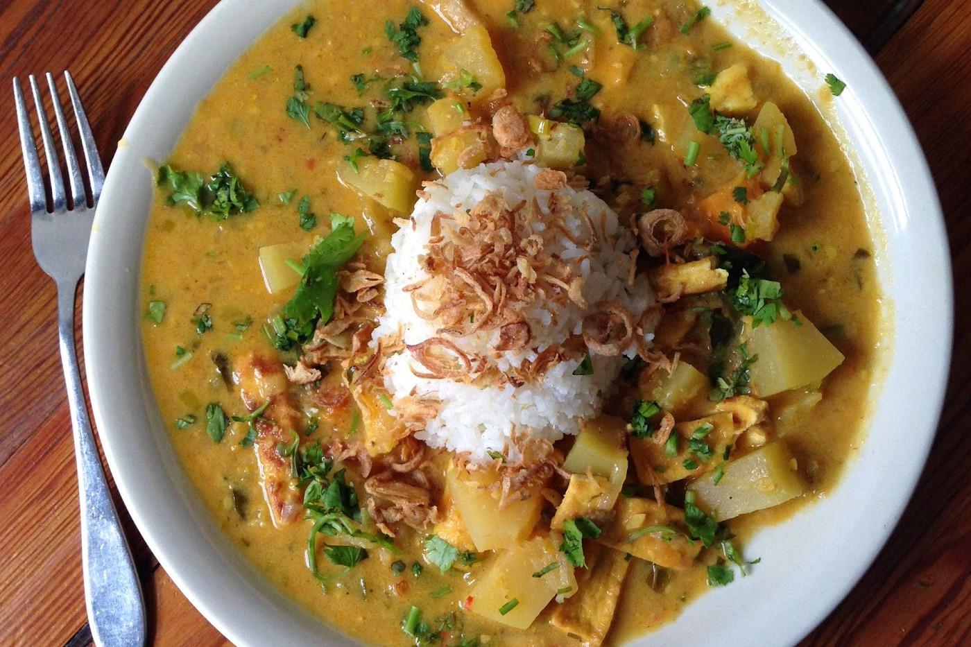 Cambodian-curry-carmo.jpg