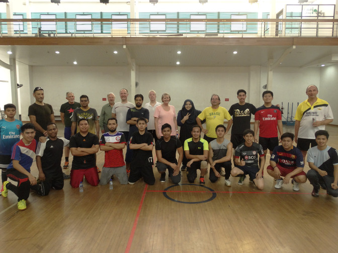Friendly futsal strengthens ties with UK visitors