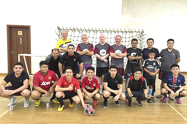 Visiting UK delegation in friendly futsal with LCB students