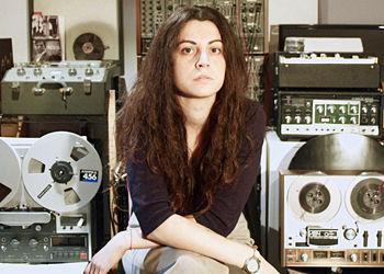 Marta-Salogni-tape-350.jpg