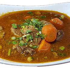 28. BEEF STEW WITH EGG NOODLE SOUP