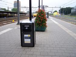 Corbeille BigBelly, quai de gare