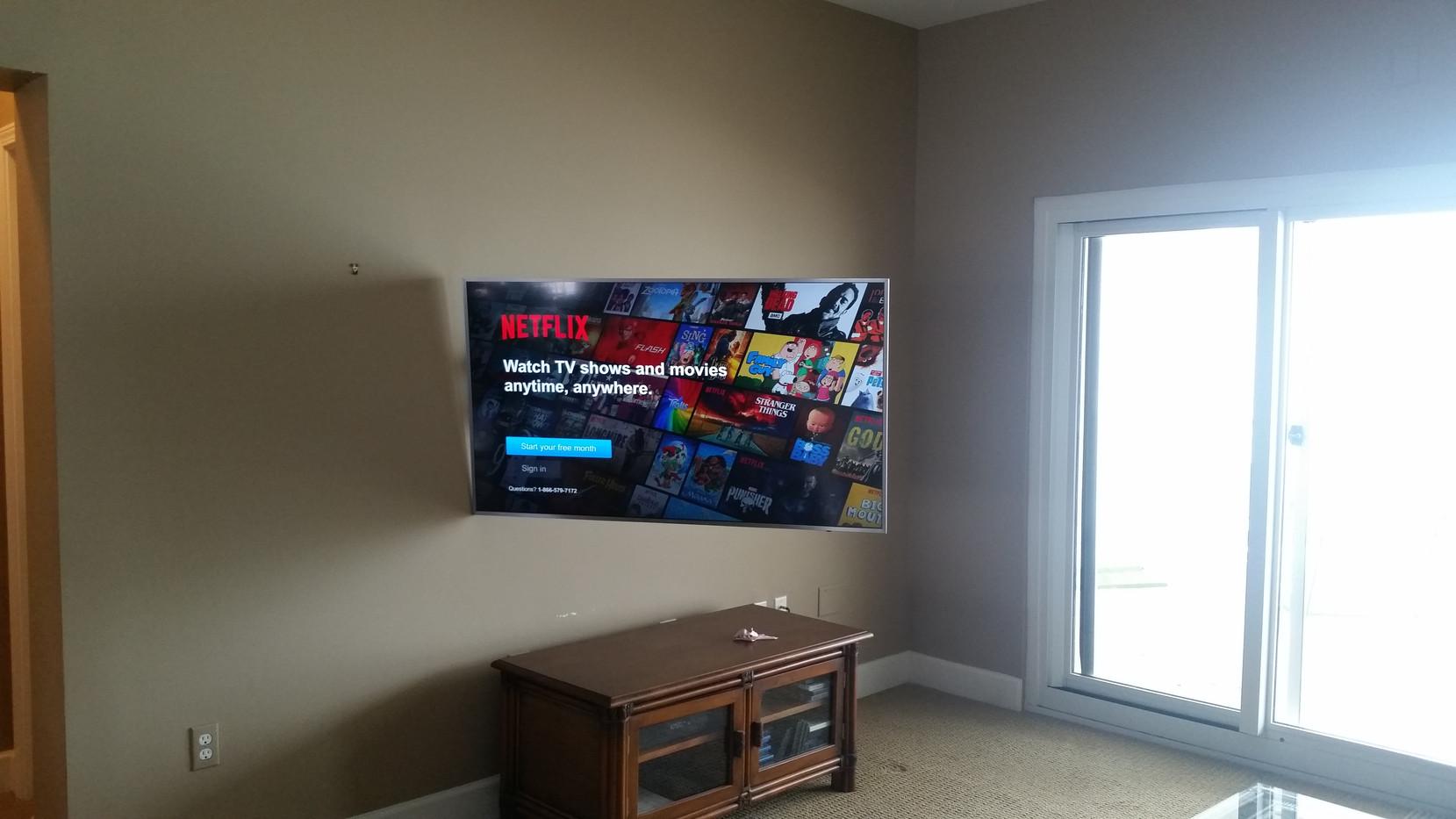 Navarre Beach articulating tv wall mount