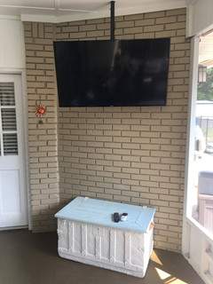 Porch Poll Mounted TV Destin,FL