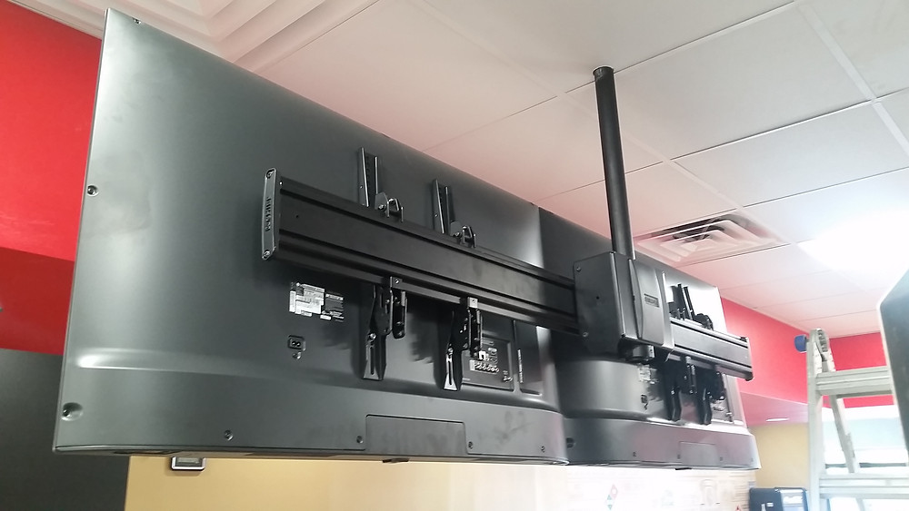 Poll Mount for Daul TV's