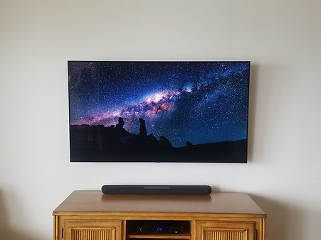 OLED TV Mounting Navarre