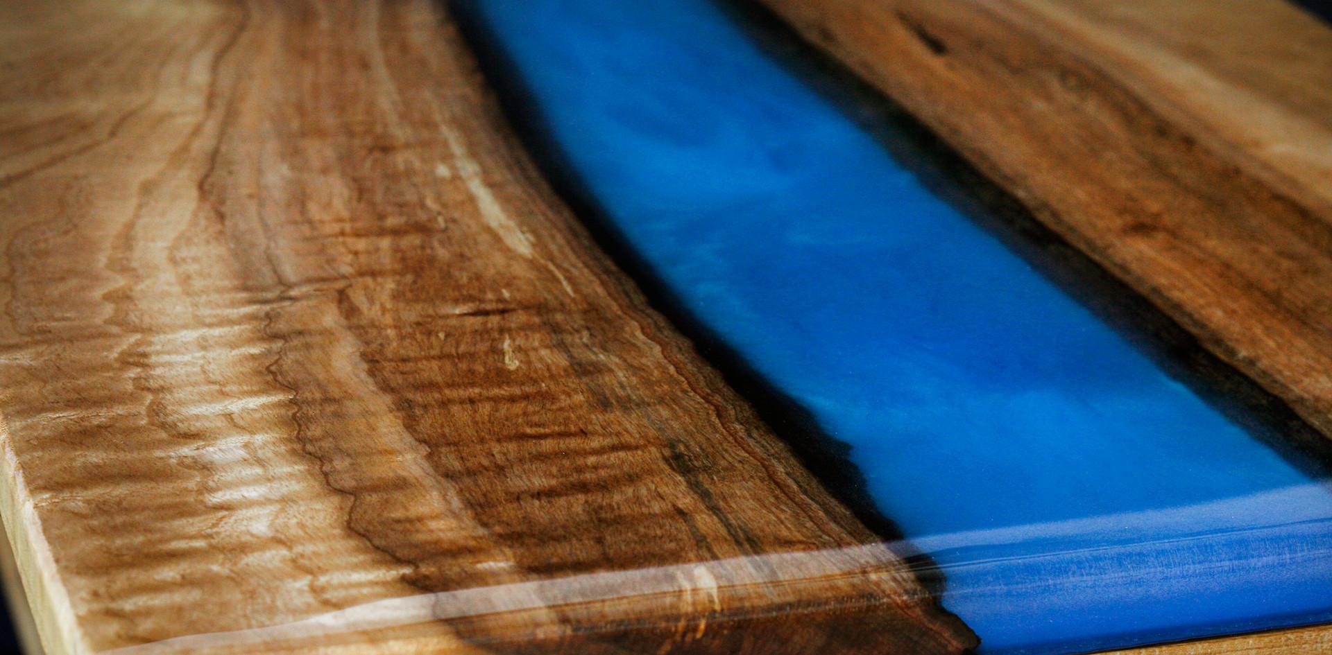 blue rtable closeup5.jpg