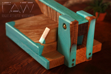 """8"""" Maple and Ice Blue Resin Tortilla Press"""