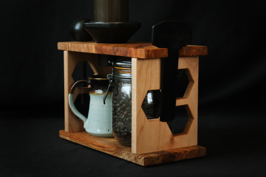 hexagon aeropress in use 6.jpg