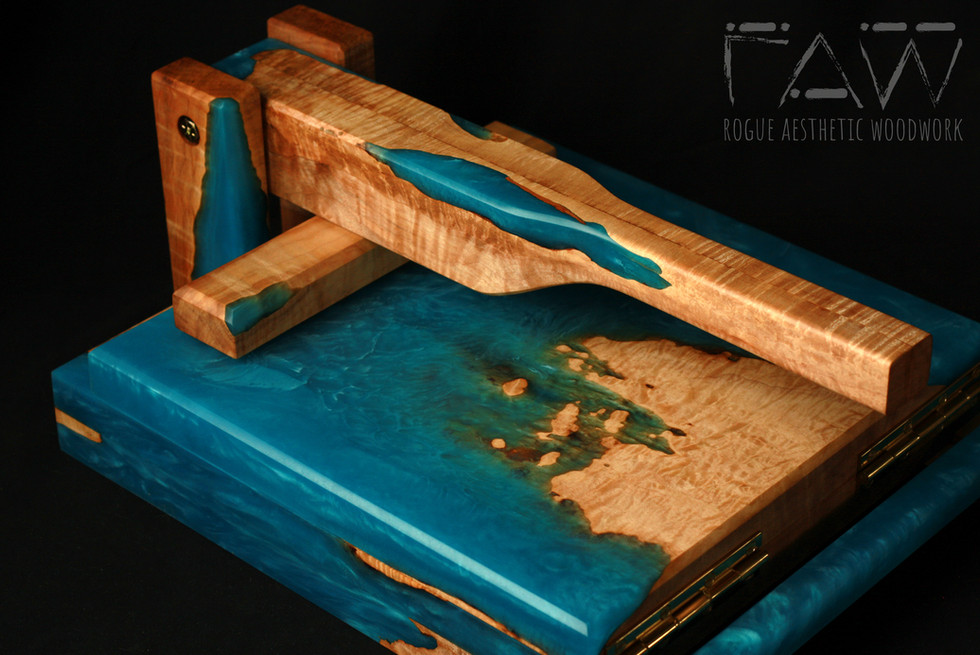 "11.75"" Maple and Bright Blue Printing Press"