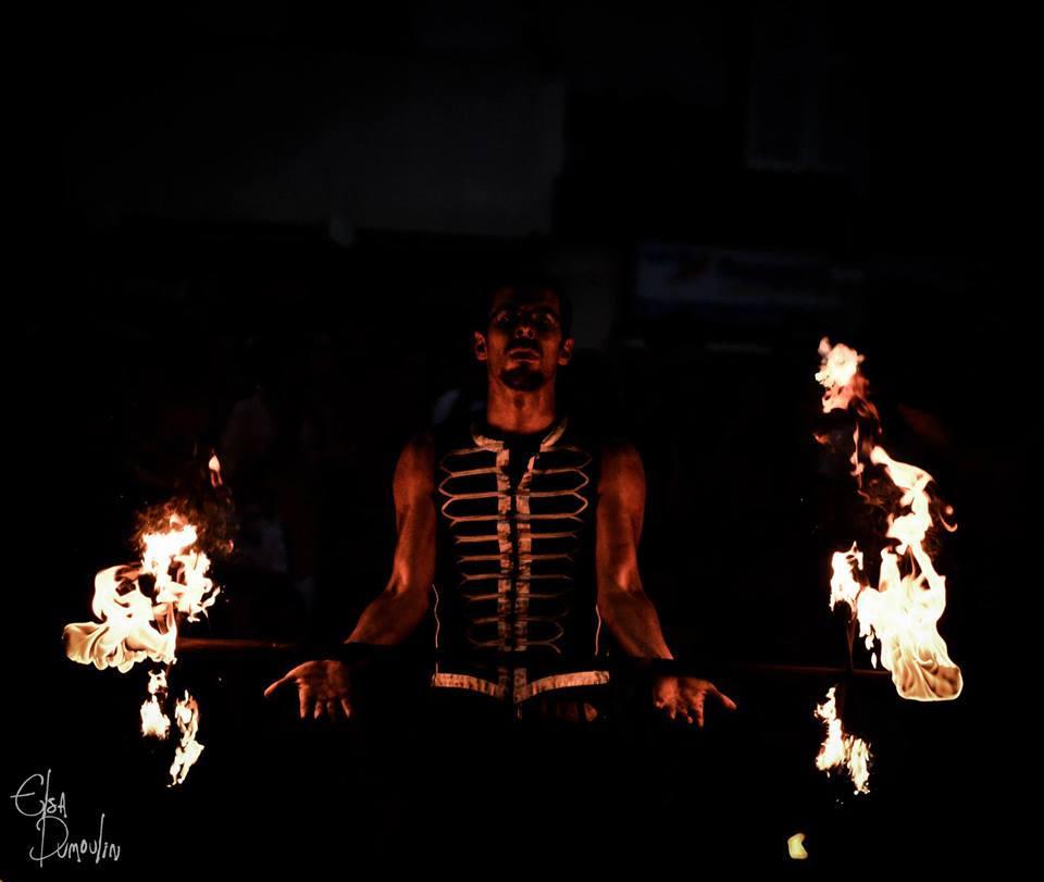 artiste de rue - Jongleur pyrotechnique - Aurillac - festival