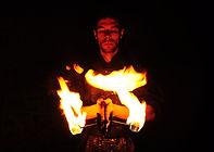 spectacle-de-feu-flamme-pyrotechnie-Nantes-mariage-Poitiers-Poitou