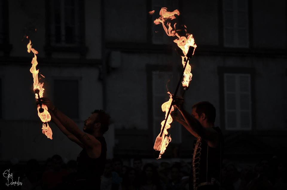 Spectacle-de-feu-Aurillac-flamme