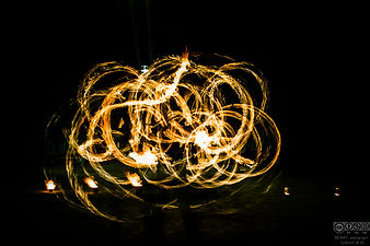 spectacle-de-feu-jongleur.jpg