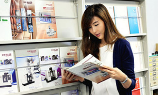 min_sen_career_05.jpg