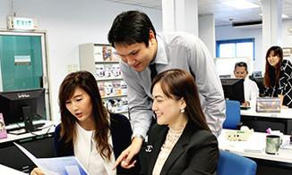min_sen_career_02.jpg