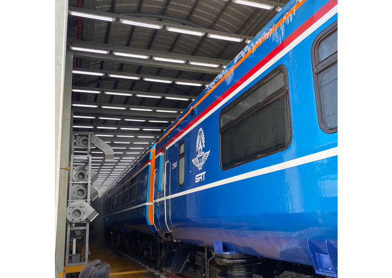 train_wash_07jpg