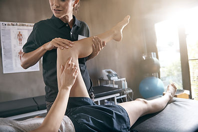 Knee injury treatment by a sport  physiotherapist