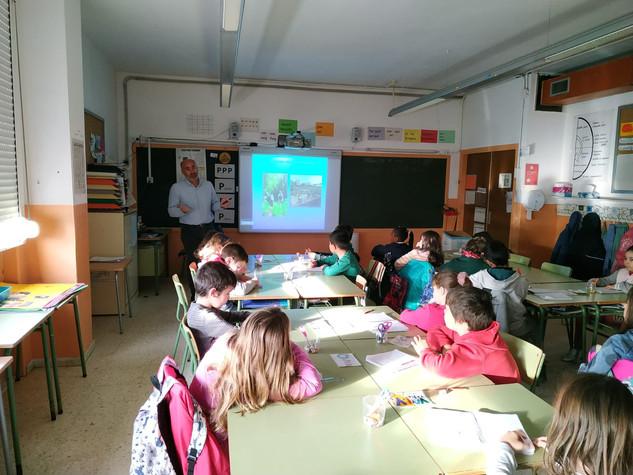 Conferencias escolares Darró