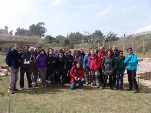 Visitantes en el yacimiento de Darró