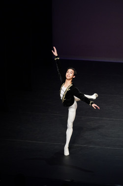 Chun Hun YAN