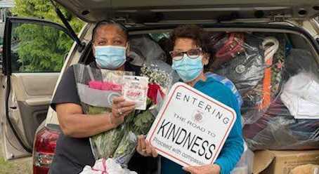 Featured Kindness: Mother's Day Celebration at Project Hope