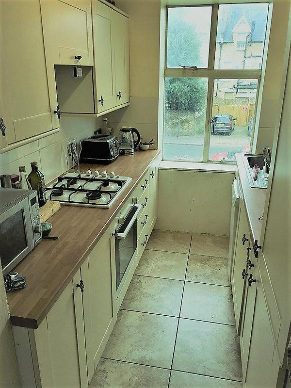 Kitchen - belgrave - 2.JPG