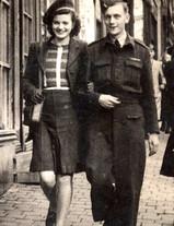 Mum & Dad in 1945.jpg