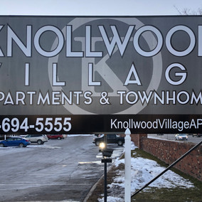 Knollwood Village Apartments & Townhomes