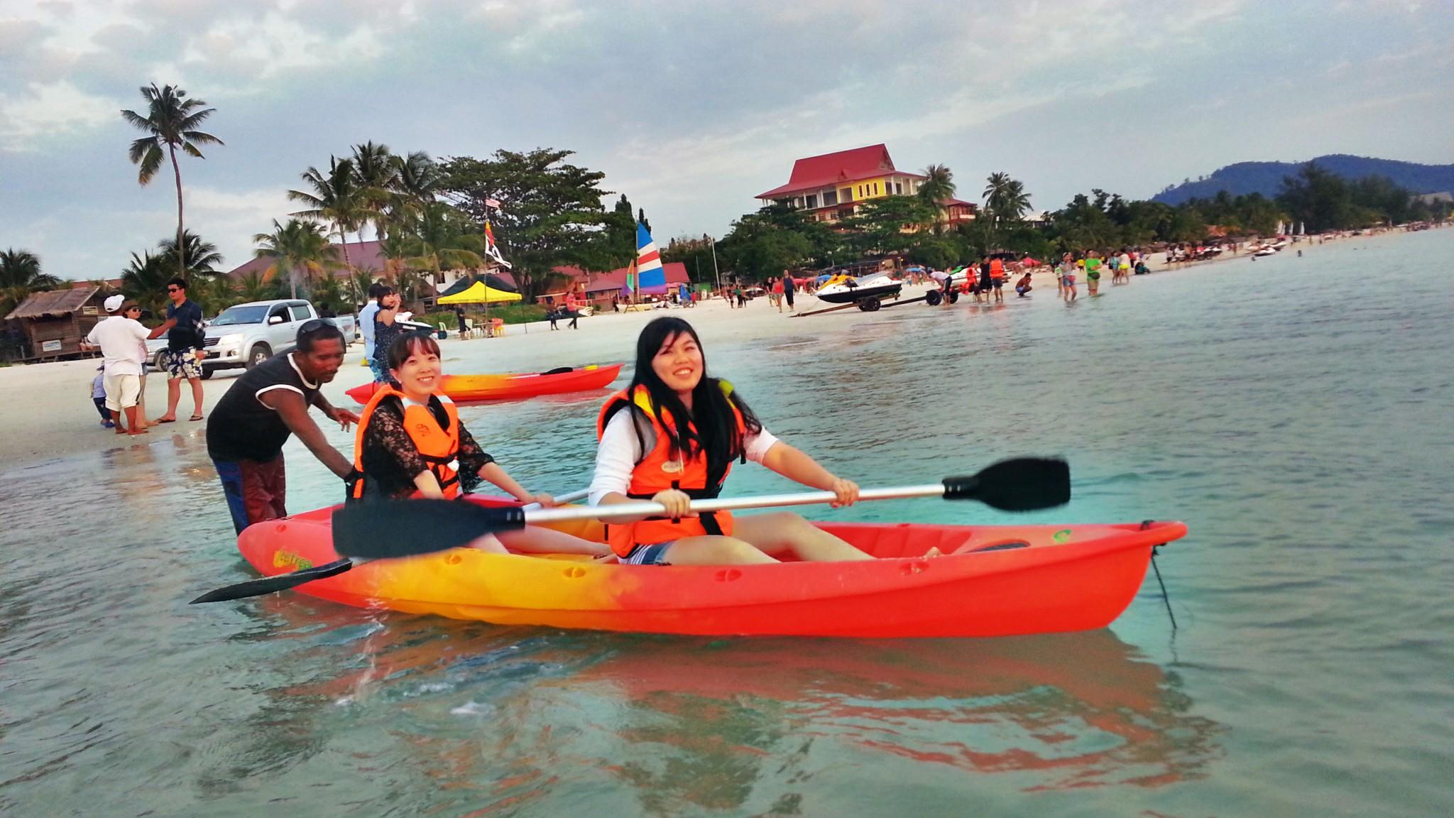 Kayaking Toro Watersports