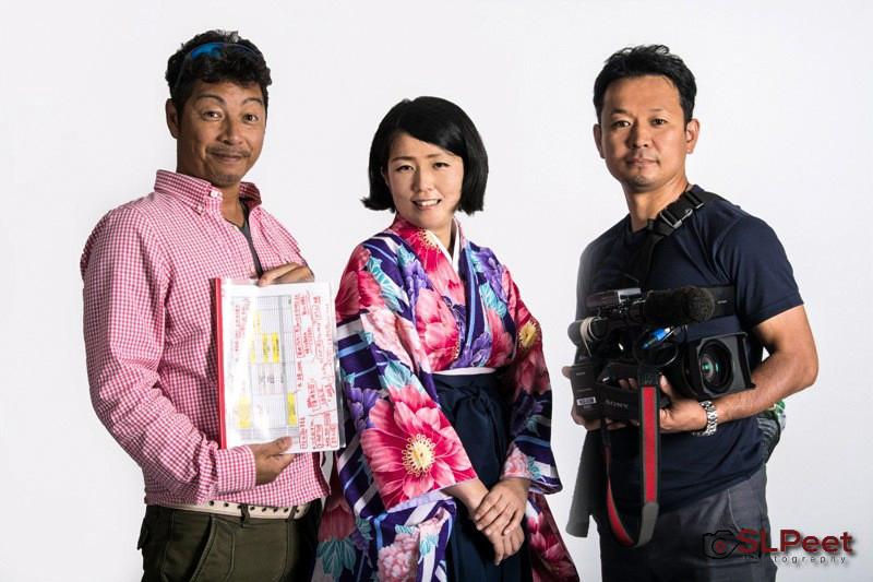 Akari Mochizuki with TV Tokyo director Kazuyuki Yamashita and cameraman Wataru Ando