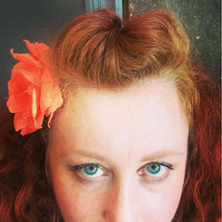 Big summer flower hair #pompadour