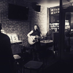 #tbt last week's wonderful show at strong place with _vanessa_peters! Photo by _colinpdempsey ._._