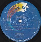 TRAPEZE B (2).jpg