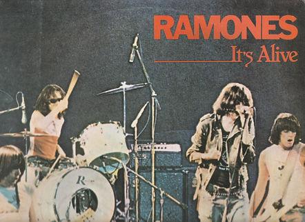 RAMONES Top.jpg
