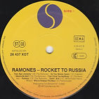 RAMONES B (2).jpg