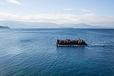 shutterstock_325232699 refugees boat.jpg