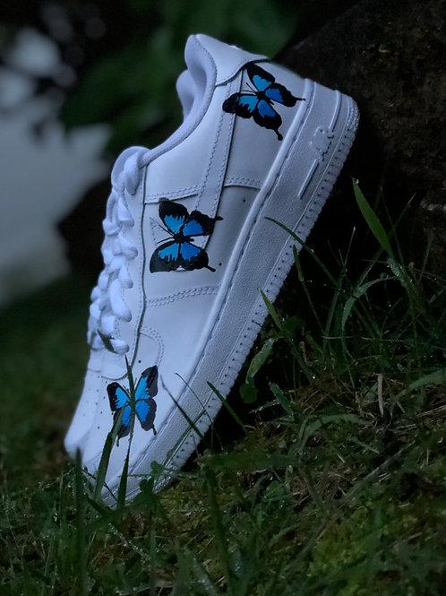 Youth (Men's) 5.5/Women's 7 Butterfly