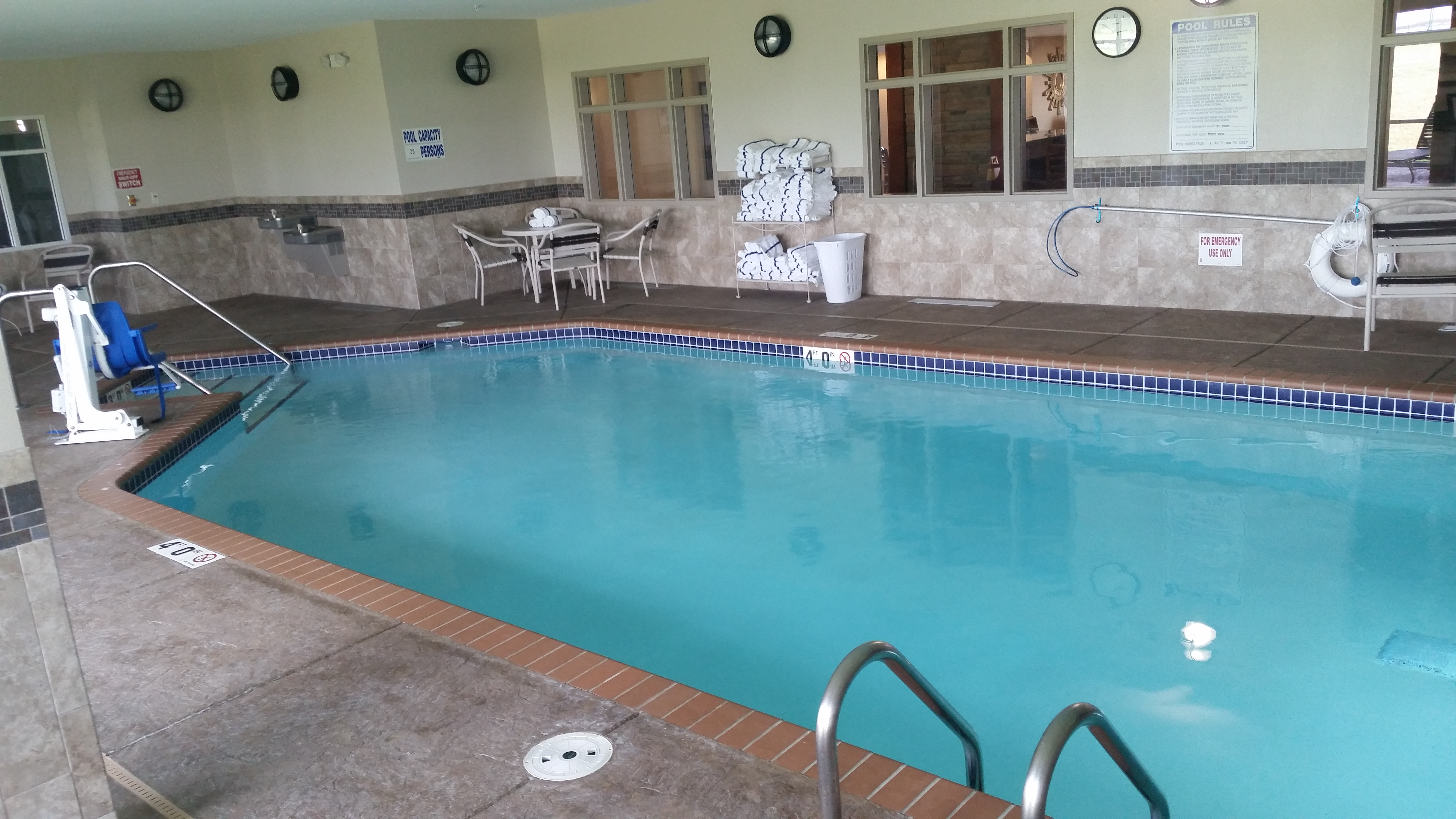Swimming Pool Contractor | Paynesville MN | J and J Pools and Spas Inc