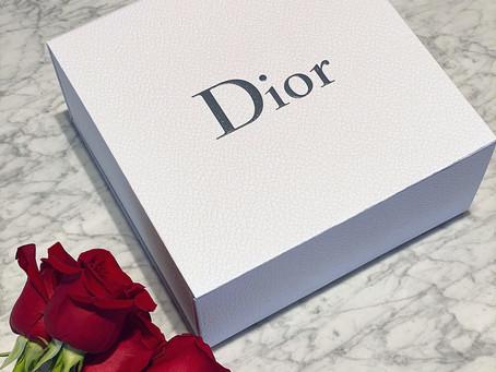 Poveştile brand-ului Dior, precum notele unui parfum