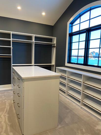 Closet A.jpg