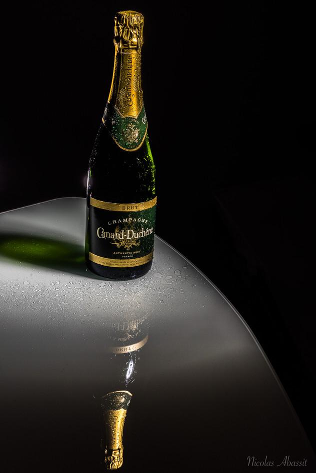 packshot bouteille de champagne