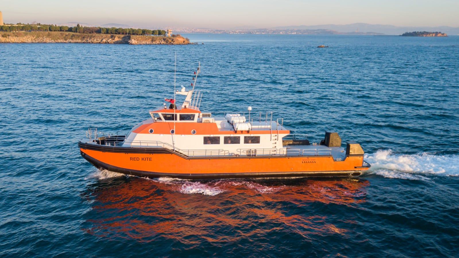 23,2 m Crew Boat