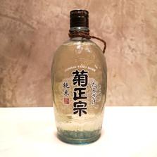 Kikumasamune Junmai Taru Sake  720ml