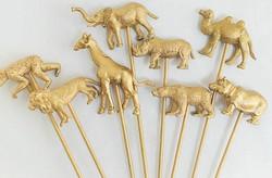 Gold animal food picks