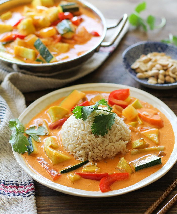 30_minute_summer_vegetable_red_curry_1