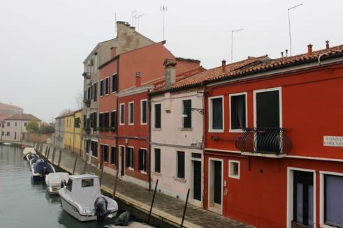 Bold colours in Venice
