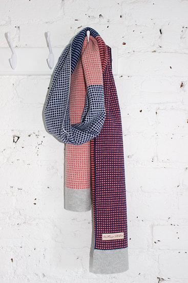Cara scarf